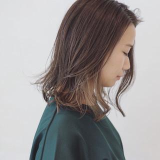 抜け感 インナーカラー ブリーチ ミディアム ヘアスタイルや髪型の写真・画像 ヘアスタイルや髪型の写真・画像