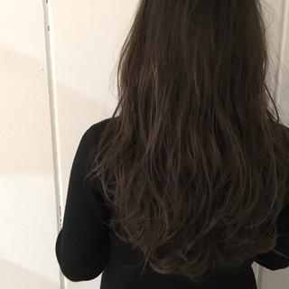 ハイライト 抜け感 アッシュ 外国人風 ヘアスタイルや髪型の写真・画像