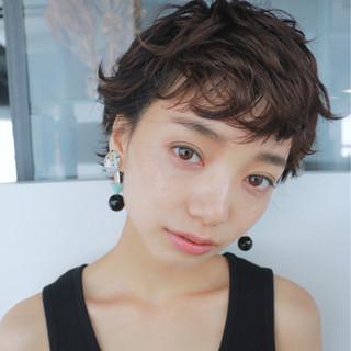 暗髪 ベリーショート ナチュラル ショート ヘアスタイルや髪型の写真・画像