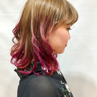 ガーリー パーマ デート ラズベリーピンク ヘアスタイルや髪型の写真・画像