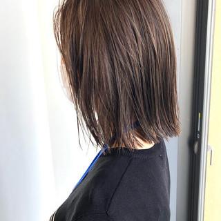 ボブ モード ミニボブ ウルフカット ヘアスタイルや髪型の写真・画像