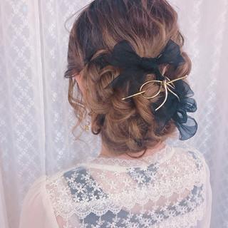 フェミニン デート 編み込み 結婚式 ヘアスタイルや髪型の写真・画像