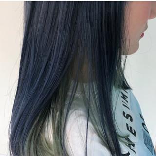 ダブルカラー オリーブアッシュ ネイビーブルー ミディアム ヘアスタイルや髪型の写真・画像