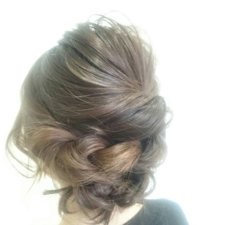 ヘアアレンジ 大人女子 セミロング 二次会 ヘアスタイルや髪型の写真・画像