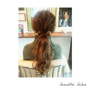 ゆるふわ ヘアアレンジ 大人かわいい 波ウェーブ ヘアスタイルや髪型の写真・画像