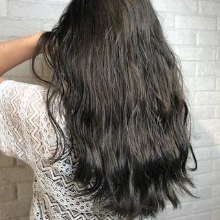 アンニュイほつれヘア グラデーションカラー 外国人風 ロング ヘアスタイルや髪型の写真・画像
