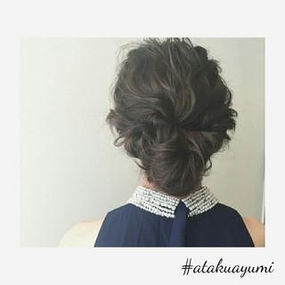 ミディアム 上品 ヘアアレンジ 結婚式 ヘアスタイルや髪型の写真・画像 ヘアスタイルや髪型の写真・画像