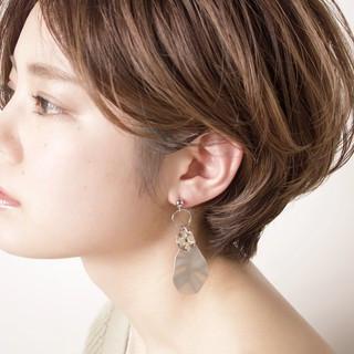 デート ショート アンニュイほつれヘア 簡単ヘアアレンジ ヘアスタイルや髪型の写真・画像 ヘアスタイルや髪型の写真・画像