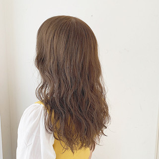 セミロング ゆるふわセット パーマ ゆるふわパーマ ヘアスタイルや髪型の写真・画像