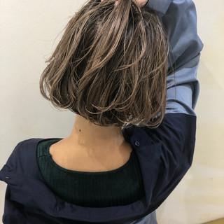 ハイライト ナチュラル グレージュ ボブ ヘアスタイルや髪型の写真・画像