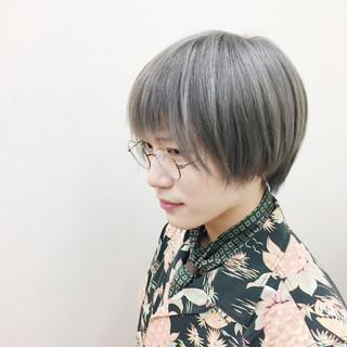 シルバー 白髪染め ハイトーン モード ヘアスタイルや髪型の写真・画像
