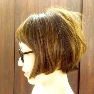 卵型 丸顔 ショート ナチュラル ヘアスタイルや髪型の写真・画像