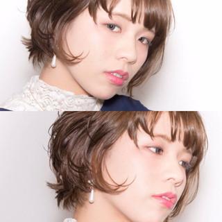 外ハネ パーマ 大人かわいい 外国人風 ヘアスタイルや髪型の写真・画像 ヘアスタイルや髪型の写真・画像