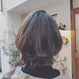 ミディアム 大人かわいい アンニュイほつれヘア ゆるふわ ヘアスタイルや髪型の写真・画像 ヘアスタイルや髪型の写真・画像