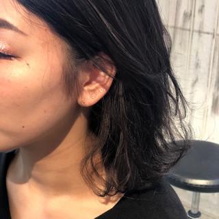 インナーカラーグレージュ 暗髪 ナチュラル インナーカラーグレー ヘアスタイルや髪型の写真・画像 ヘアスタイルや髪型の写真・画像