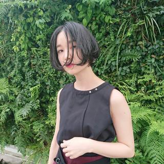 黒髪 黒髪ショート 切りっぱなしボブ ショートボブ ヘアスタイルや髪型の写真・画像