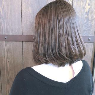 ナチュラル 伸ばしかけ ボブ グレージュ ヘアスタイルや髪型の写真・画像