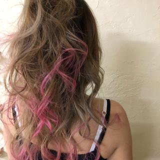 簡単ヘアアレンジ マニパニ ロング バレイヤージュ ヘアスタイルや髪型の写真・画像