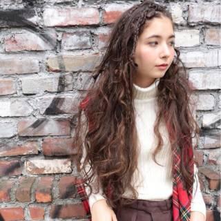ヘアアレンジ 三つ編み ストリート 秋 ヘアスタイルや髪型の写真・画像