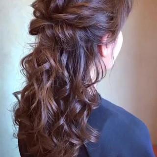 アンニュイほつれヘア エレガント 簡単ヘアアレンジ ハーフアップ ヘアスタイルや髪型の写真・画像