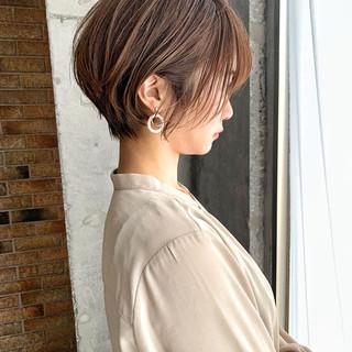 パーマ ショート 絶壁カバー ナチュラル ヘアスタイルや髪型の写真・画像