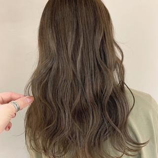 ほつれウエーブ アンニュイほつれヘア ロング ナチュラル ヘアスタイルや髪型の写真・画像