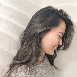 アンニュイほつれヘア 結婚式 ロング スポーツ ヘアスタイルや髪型の写真・画像 ヘアスタイルや髪型の写真・画像