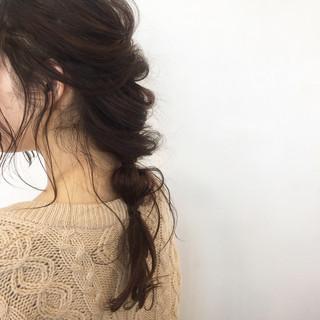 フェミニン ハーフアップ ナチュラル ヘアアレンジ ヘアスタイルや髪型の写真・画像