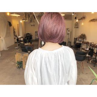 ナチュラル ショートヘア ピンクアッシュ ショート ヘアスタイルや髪型の写真・画像