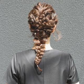 ゆるふわ 編み込み ヘアアレンジ 結婚式 ヘアスタイルや髪型の写真・画像