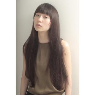 梅雨 アウトドア ロング リラックス ヘアスタイルや髪型の写真・画像