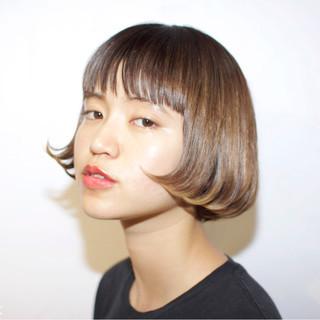 大人かわいい ガーリー ボブ 切りっぱなし ヘアスタイルや髪型の写真・画像