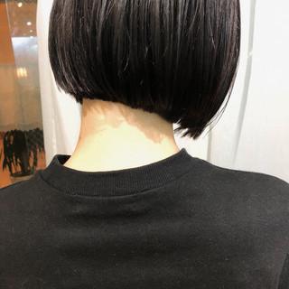 ナチュラル ボブヘアー ミニボブ 切りっぱなしボブ ヘアスタイルや髪型の写真・画像