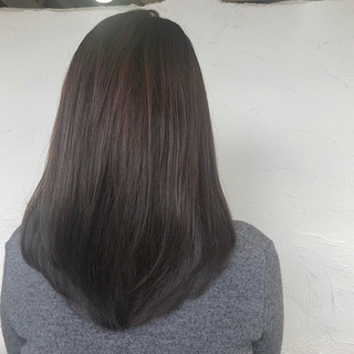 コンサバ ダークトーン セミロング 髪質改善トリートメント ヘアスタイルや髪型の写真・画像