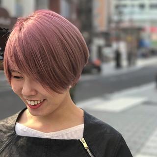 ショート ピンク ガーリー ラベンダーピンク ヘアスタイルや髪型の写真・画像