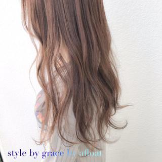 アッシュ ロング グレージュ ピンク ヘアスタイルや髪型の写真・画像