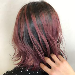ガーリー ラベンダーピンク バレイヤージュ ピンクラベンダー ヘアスタイルや髪型の写真・画像