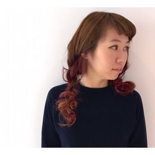 セミロング アッシュベージュ ベージュ ピンク ヘアスタイルや髪型の写真・画像