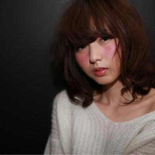 ミディアム 外国人風 ストリート フェミニン ヘアスタイルや髪型の写真・画像