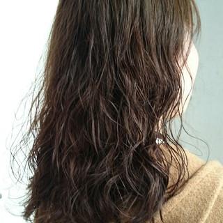 おフェロ 暗髪 抜け感 ナチュラル ヘアスタイルや髪型の写真・画像