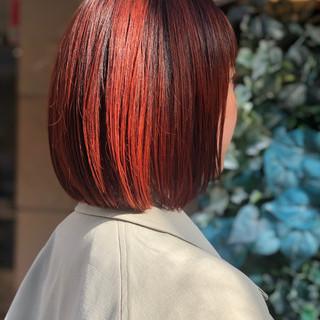 オレンジ ボブ バレイヤージュ 切りっぱなしボブ ヘアスタイルや髪型の写真・画像