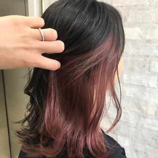 ストリート インナーカラーパープル #インナーカラー インナーカラーレッド ヘアスタイルや髪型の写真・画像