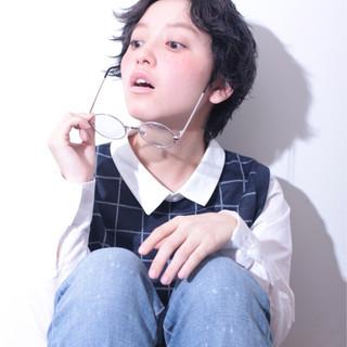 小顔 黒髪 ショート 外国人風 ヘアスタイルや髪型の写真・画像