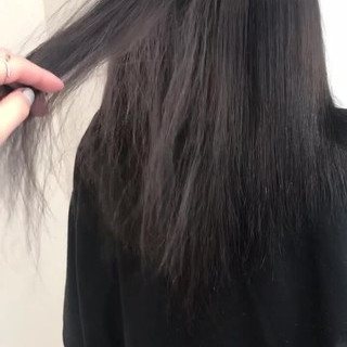 ロング アッシュグレー ナチュラル 女子力 ヘアスタイルや髪型の写真・画像