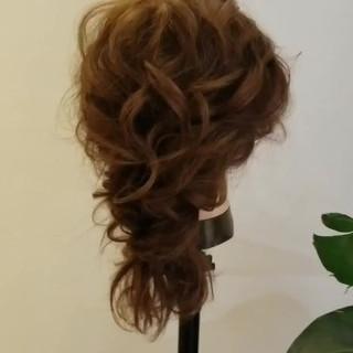 ロング エレガント 簡単ヘアアレンジ 結婚式ヘアアレンジ ヘアスタイルや髪型の写真・画像