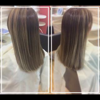 大人ヘアスタイル 髪質改善トリートメント バレイヤージュ ロング ヘアスタイルや髪型の写真・画像