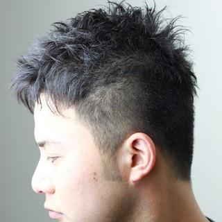 ストリート ナチュラル メンズ ストレート ヘアスタイルや髪型の写真・画像