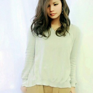 ガーリー ウェーブ ルーズ 外国人風 ヘアスタイルや髪型の写真・画像