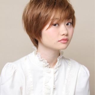 ベリーショート 上品 エレガント ヘアアレンジ ヘアスタイルや髪型の写真・画像
