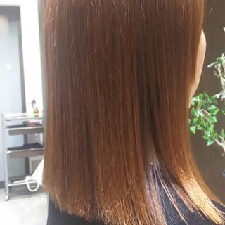外国人風 セミロング ブラウン リラックス ヘアスタイルや髪型の写真・画像